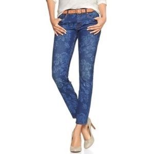 GAP • Always Skinny Denim Floral Cropped Jeans